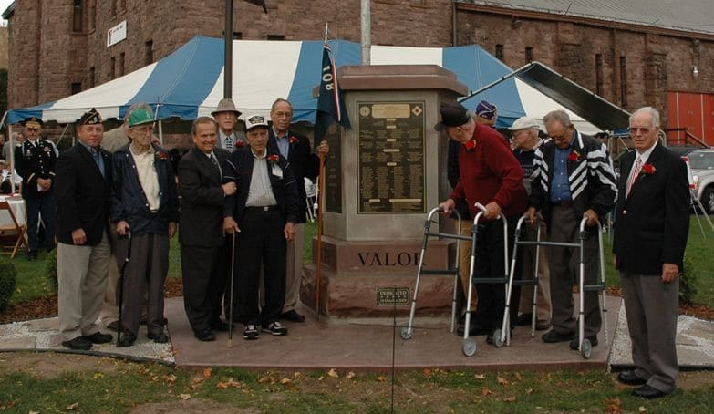 Company F Monument Dedication, Oct. 2008